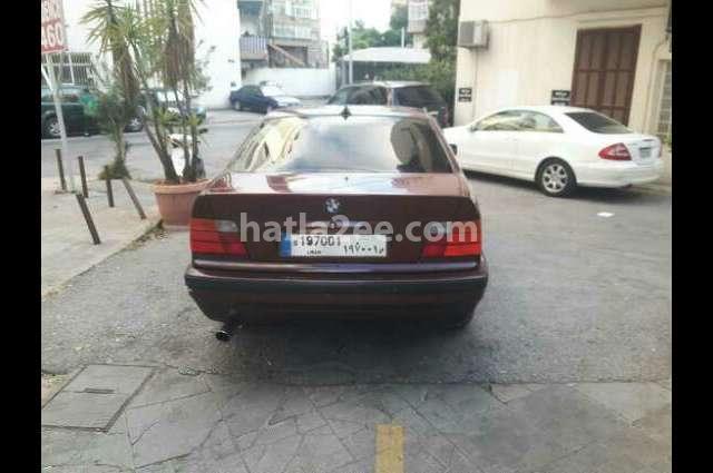 318 BMW احمر غامق