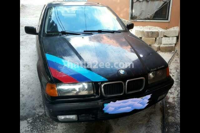 320 BMW Black