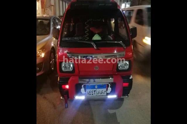 Van Suzuki احمر