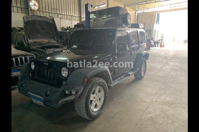 Wrangler Unlimited Jeep أسود