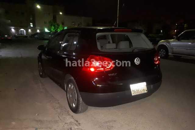 E Golf Volkswagen أسود