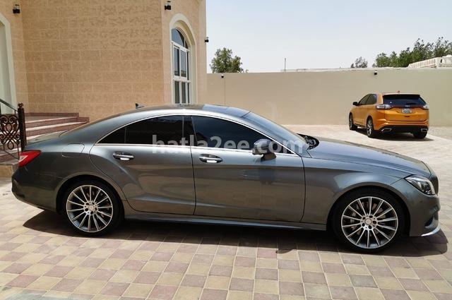 CLS Class Mercedes أبيض