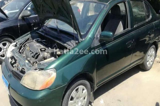 Echo Toyota اخضر غامق