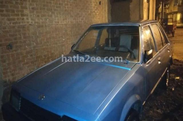 323 Mazda الأزرق الداكن