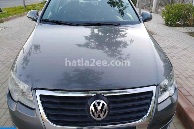 Passat Volkswagen رمادي