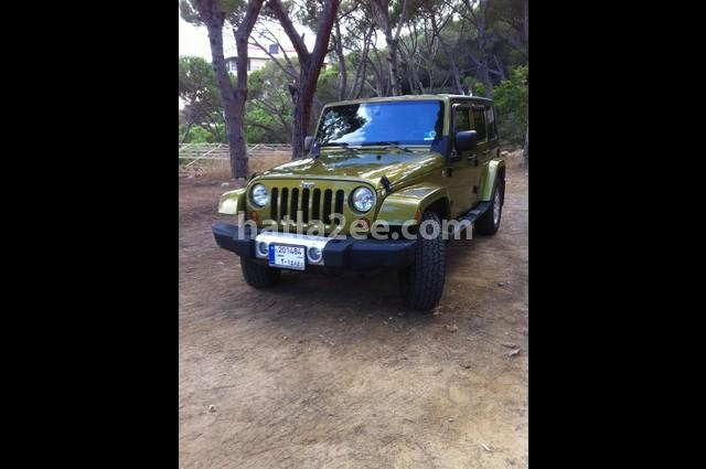Wrangler Unlimited Jeep زيتوني
