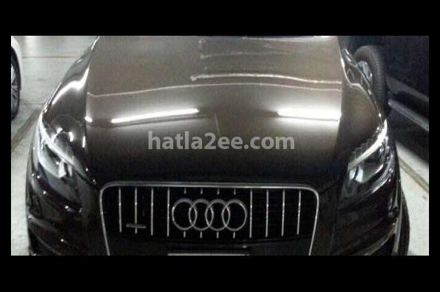 Q7 Audi بني