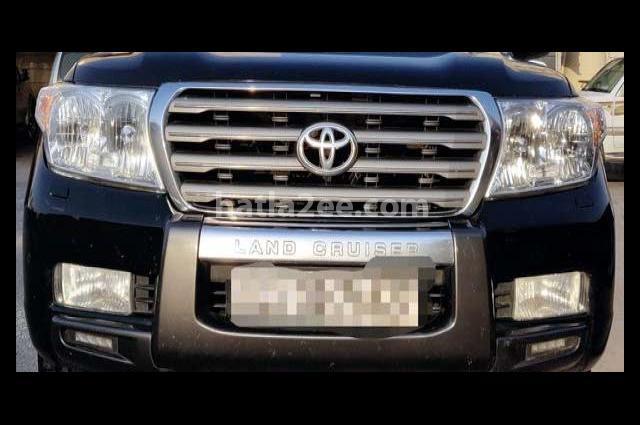 Land Cruiser Toyota Black
