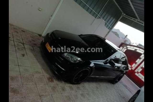300 Mercedes أسود
