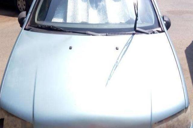 Punto Fiat أزرق