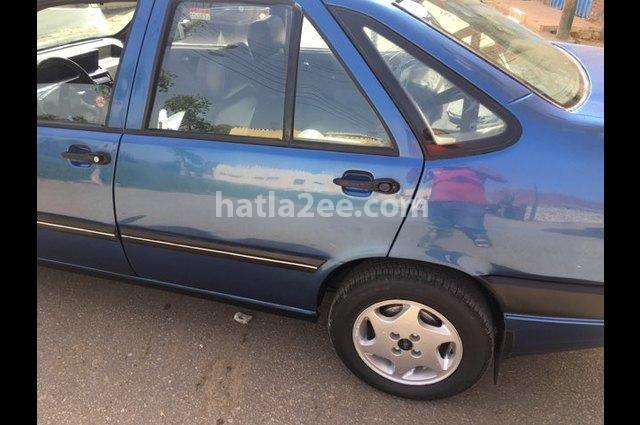 Tempra Fiat الأزرق الداكن