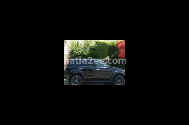 Fortuner Toyota أسود