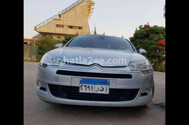 C5 Citroën فضي