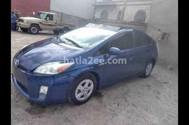 Prius Toyota أزرق