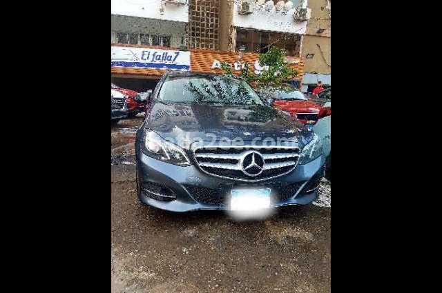 E 180 Mercedes رمادي