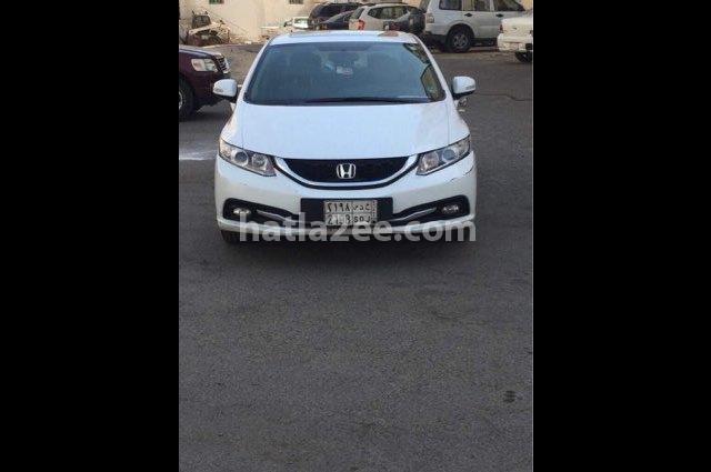 Civic Honda أبيض