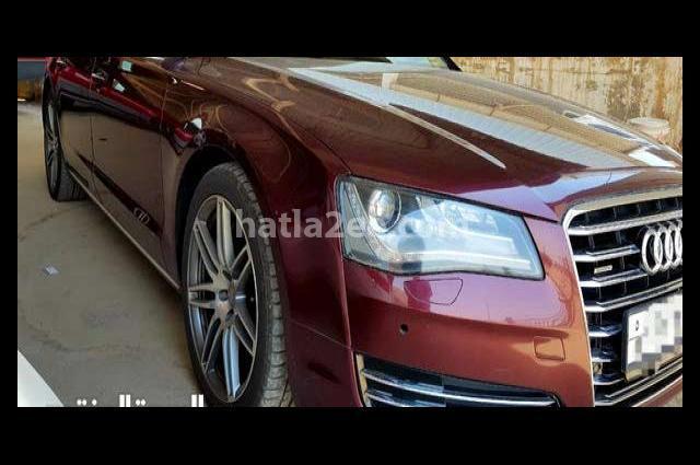 A8 Audi احمر غامق
