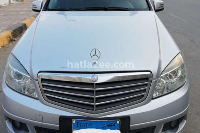 C 180 Mercedes فضي
