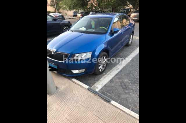 Octavia A7 Skoda أزرق