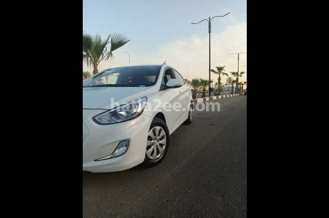Accent RB Hyundai White
