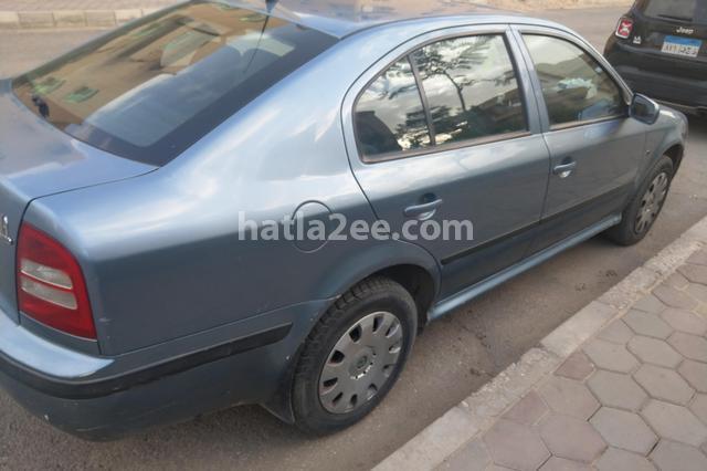 Octavia A4 Skoda أزرق