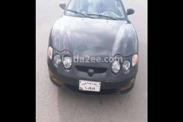 Tiburon Hyundai أسود