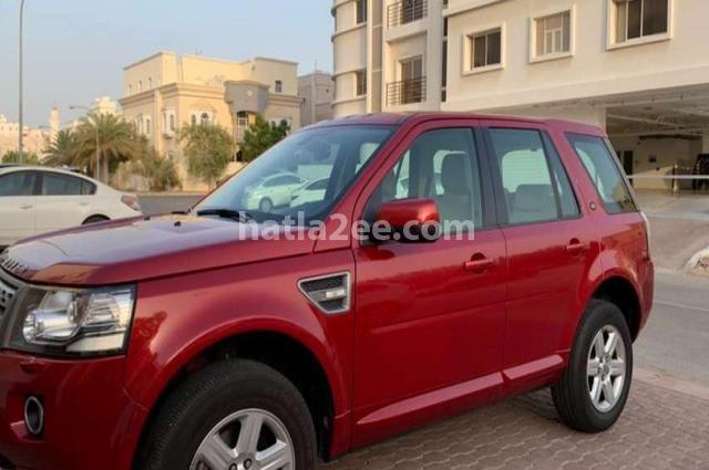 Lr2 Land Rover احمر