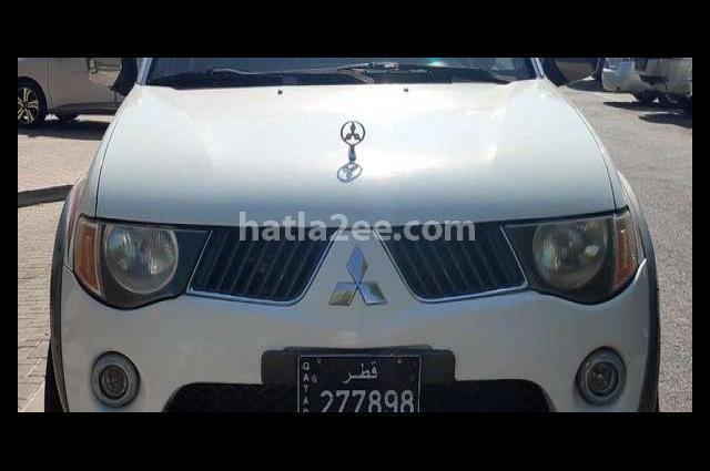 L 200 Mitsubishi أبيض