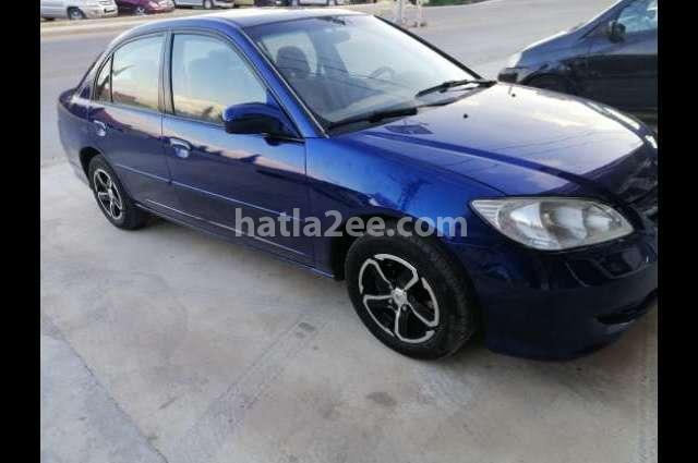 Civic Honda الأزرق الداكن
