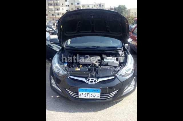 Elantra MD Hyundai أسود