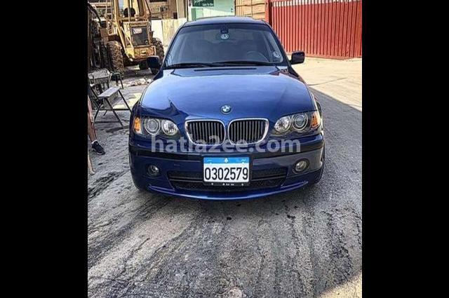 330 BMW أزرق