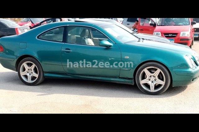 320 Mercedes Dark green