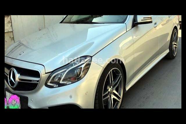 E 350 Mercedes فضي