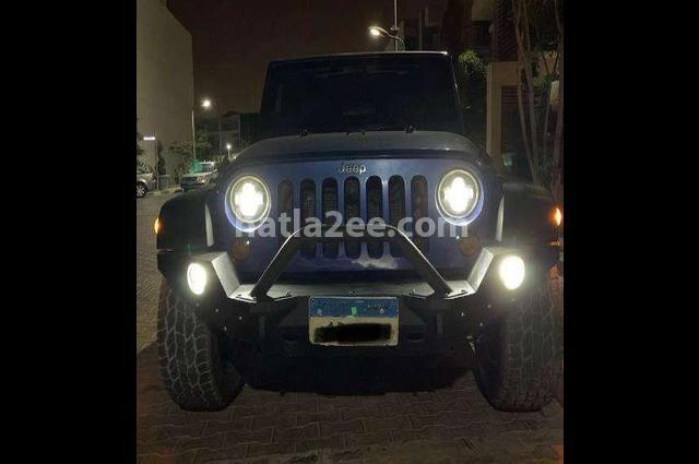 Wrangler Jeep أزرق