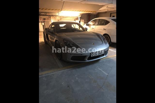 Cayman Porsche رمادي