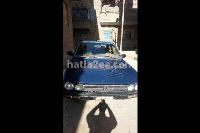 505 Peugeot أزرق