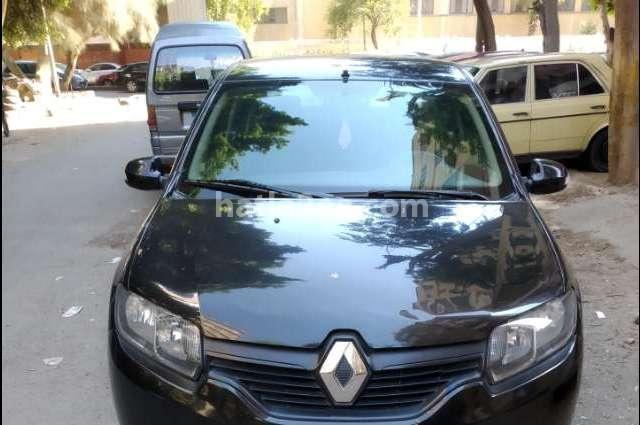 Logan Renault أسود