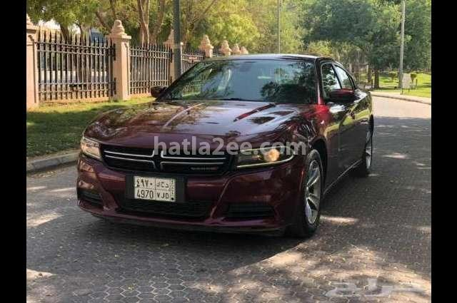 Charger Dodge احمر غامق