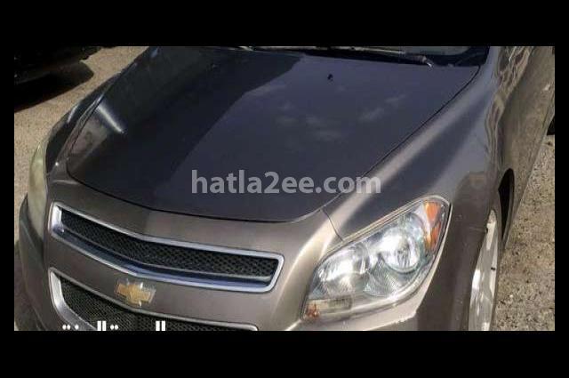 Malibu Chevrolet رمادي