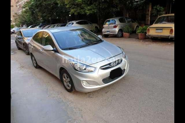 Accent RB Hyundai فضي