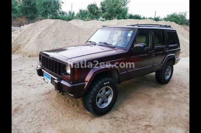 Cherokee Jeep Dark red
