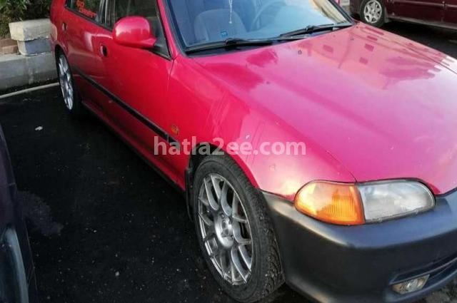 Civic Honda احمر