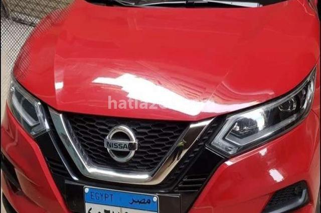 Qashqai Nissan احمر
