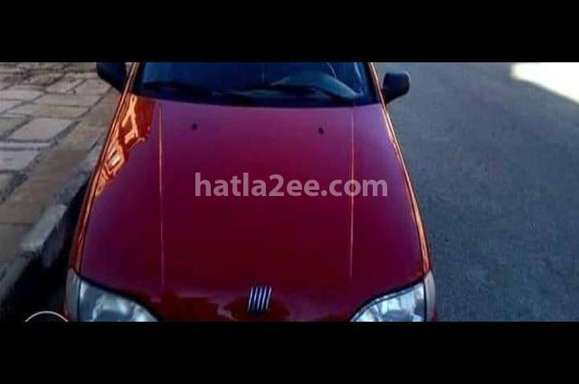 Siena Fiat احمر