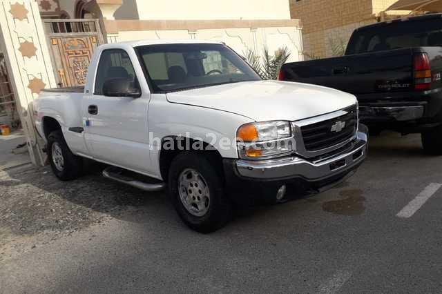 Silverado Chevrolet White