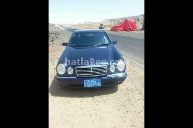 190 Mercedes أزرق