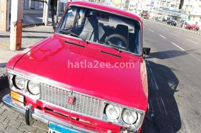 1500 Lada احمر