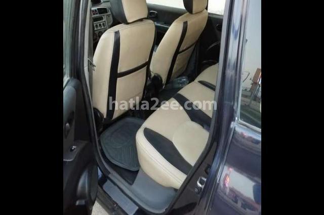 Matrix Hyundai الأزرق الداكن