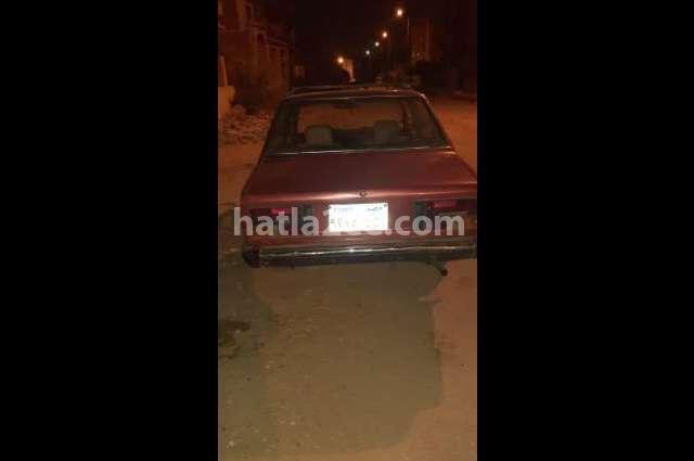 131 Fiat احمر غامق