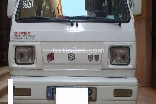 Van Suzuki أبيض